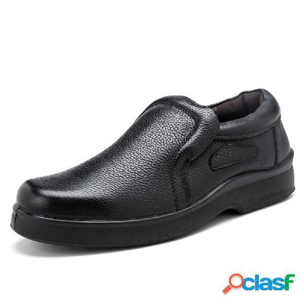 Deslizamento wearable dos homens do couro genuíno deslizamento resistente em calçados casuais