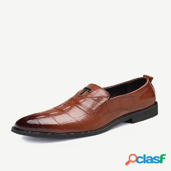 Calçados masculinos retrô de couro antideslizante tamanho grande calçado formal casual empresarial