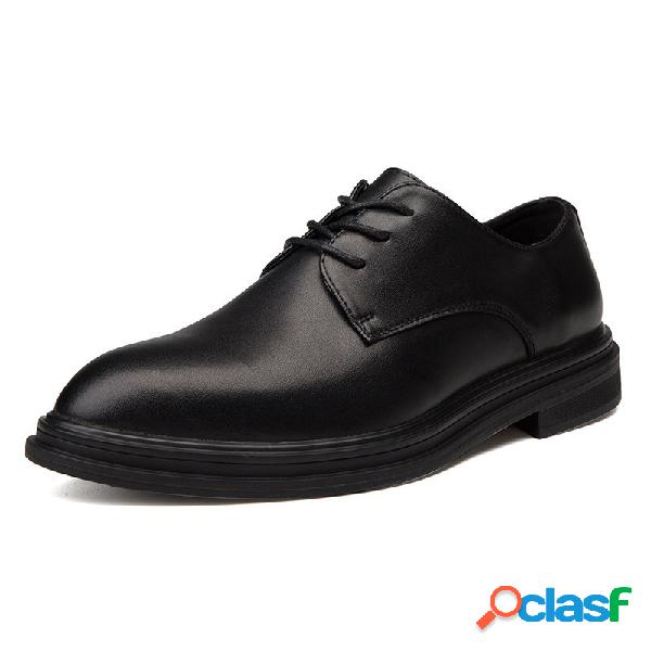 Sapatos sociais masculinos confortáveis de microfibra em couro preto