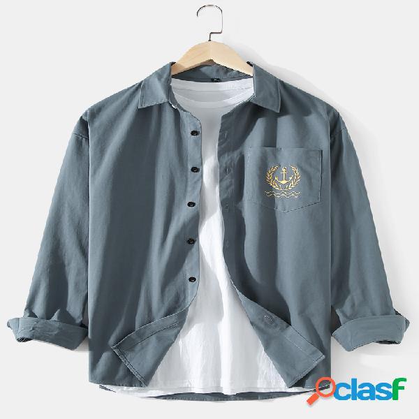 Camisas de manga comprida masculina de algodão cor sólida padrão com bolso no peito lapela
