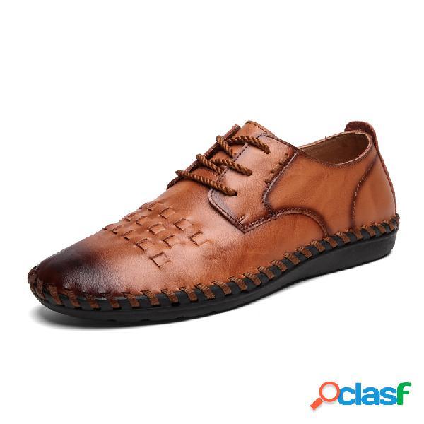Sapatilhas de couro com costura masculina