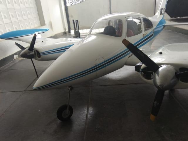 Cessna 310 top flite