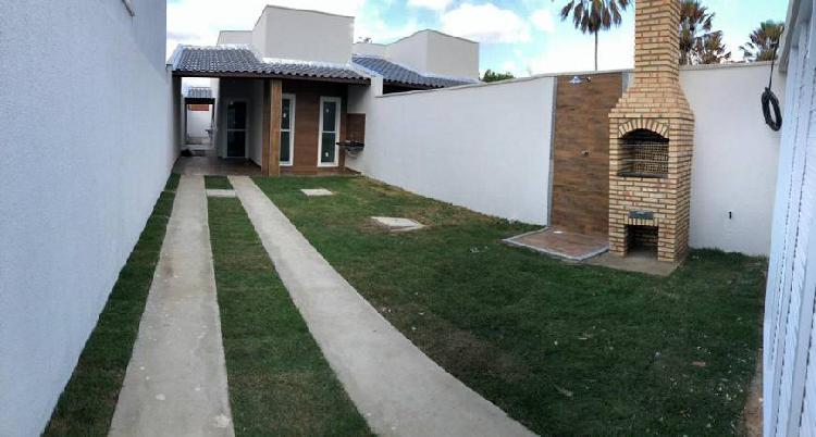 Linda casa plana 3 quartos no melhor do bairro horto