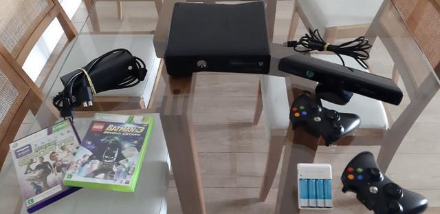 Xbox 360 - hd 500g com 43 jogos + 2 controles