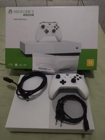 Xbox one all digital editon na caixa e nf + gamepass