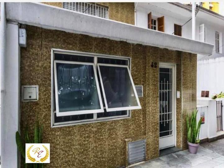 Vila/rua particular para venda possui 115 metros quadrados