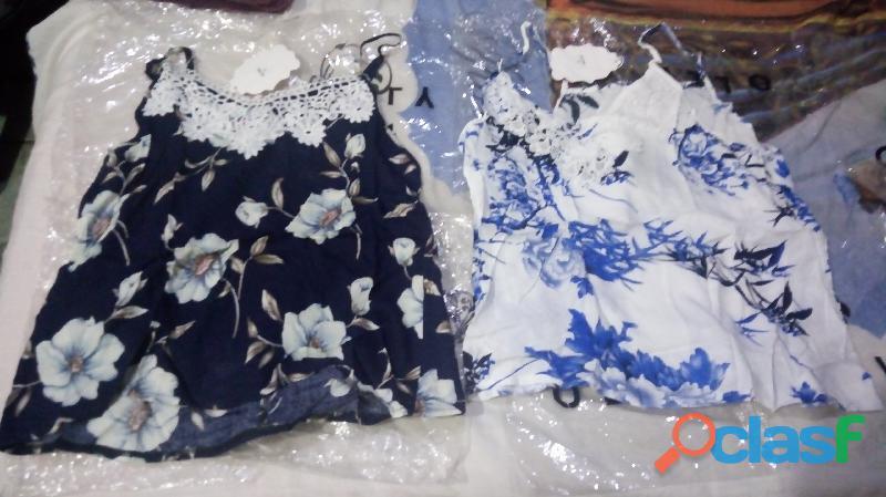 Blusinhas de alcinha regulável e com manga curta