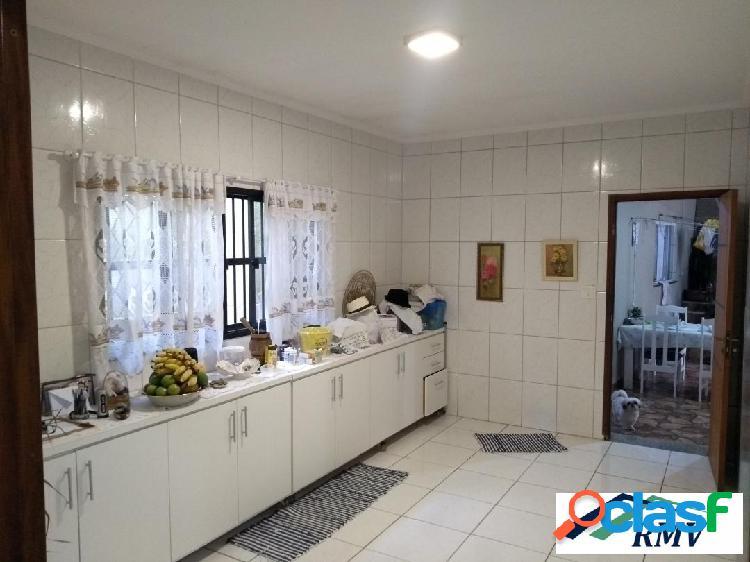 Excelente casa térrea no Bairro Ferrazópolis. 2