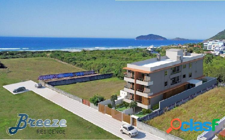 Últimas unidades à venda c/ vista p/ mar na praia do santinho.
