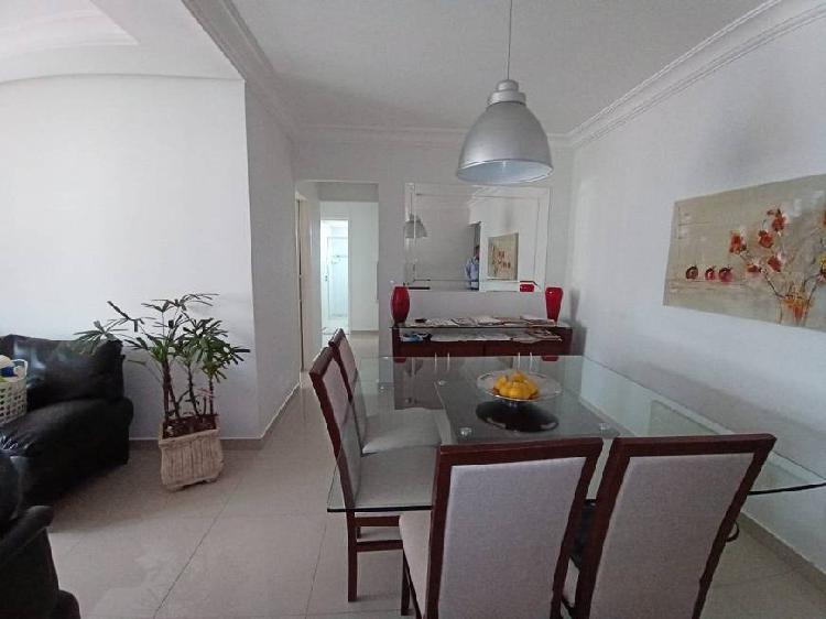 Apartamento 87m², 3 dorm. e 2wc à venda