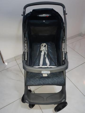 Jogo de carrinho de bebê e bebê conforto - marca burigotto