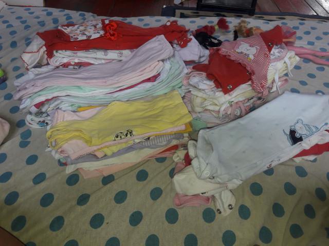 Vendo roupa pra menina recém-nascido
