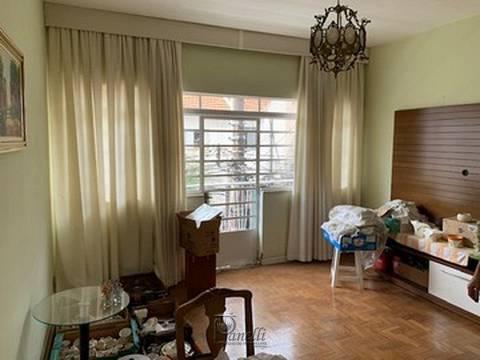 Casa sobreloja com 02 dormitórios, sala, cozinha, 1