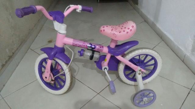 Bicicleta infantil feminina....