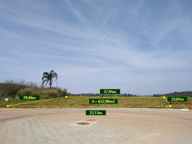 Terreno plano de 632 m² em condomínio fechado de alto