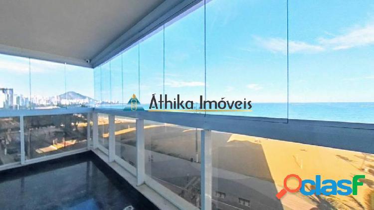 Frente mar com vista maravilhosa na praia de itapuã de 4 quartos 2 suítes