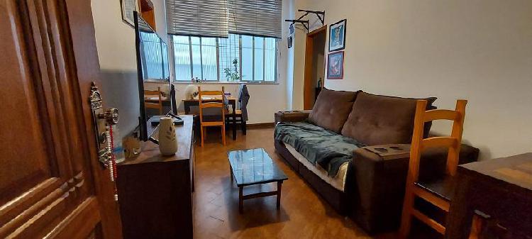 Excelente apartamento de quarto e sala todo reformado no