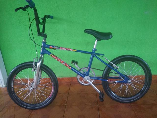 Bicicleta aro 20 bmx cros