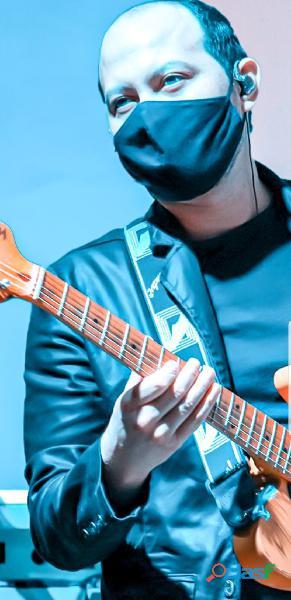 Aulas de guitarra do seu jeito