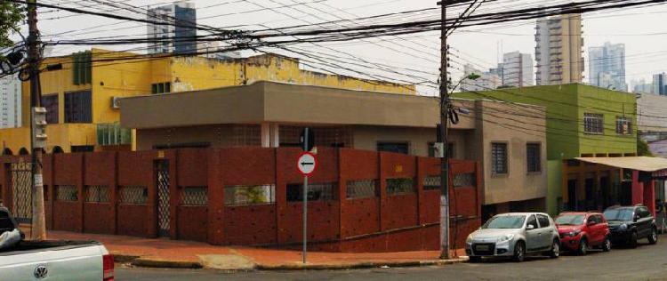 Casa comercial para venda com 470 m quadrados com 18 quartos