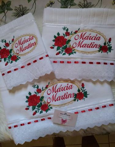 Jogos de toalhas bordadas personalizadas