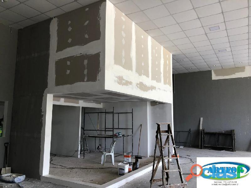 Instalação parede gesso, dry wall, forro geso, sanca gesso, teto gesso, divisória gesso.