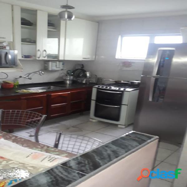 Apartamento Médio Cohab 1 - 02 Dormitórios - Rua do Octacílio