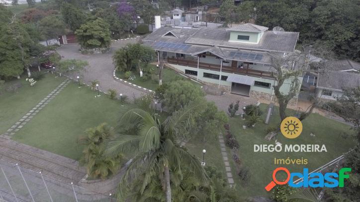 Chácara de alto padrão á venda em terra preta - 9.000 m²