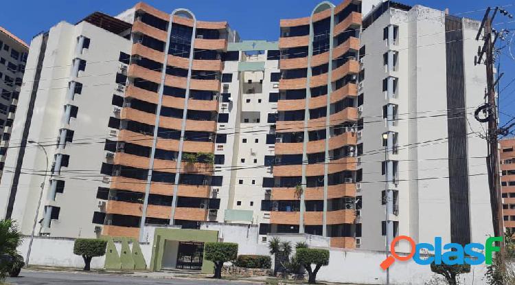 Apartamento en venta en la res. portales de mañongo de naguanagua
