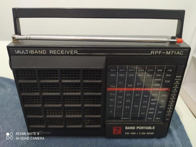 Rádio motorola antigo