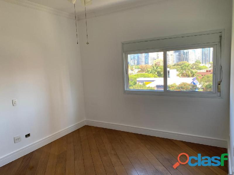 Apartamento de alto padrão mobiliado com 280 m² no edifício paris itaim 9