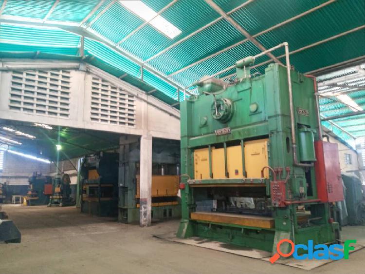 En Venta Galpón Con Empresa Metalmecánica (Flor Amarillo) 2