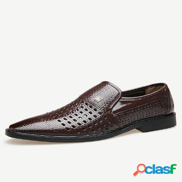 Buraco de couro masculino respirável antiderrapante soft sapatos formais casuais