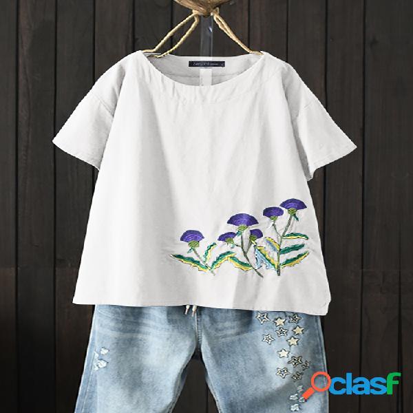 Camiseta feminina bordado manga curta gola redonda