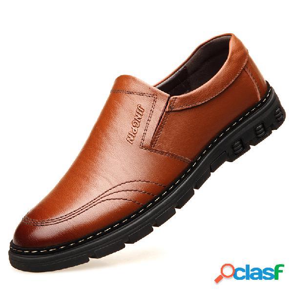 Homens de couro de cor pura antiderrapante soft sola casual sapatos de condução