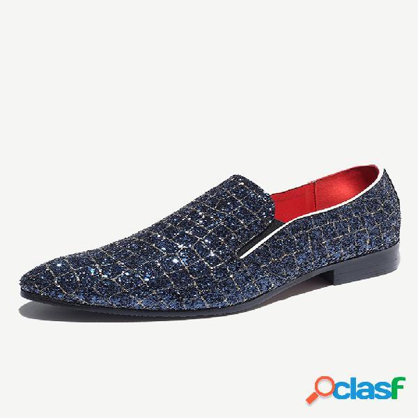 Tamanho grande masculino elegante de couro antiderrapante em sapatos formais casuais