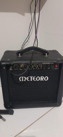 Caixa guitarra meteoro nitrous drive 30w