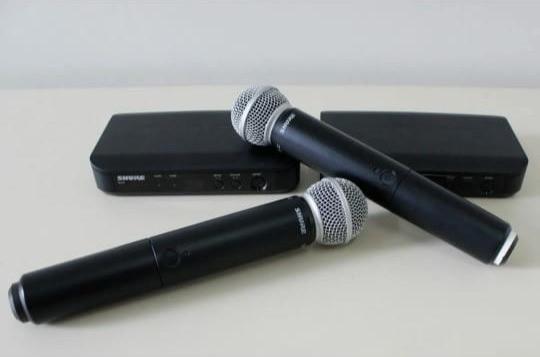 Kit 2 microfones sem fio shure blx24 sm58 + case