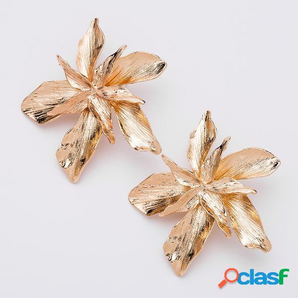 Trendy multi layer flor brincos bohemian estilo liga de ouro orelha stub para as mulheres