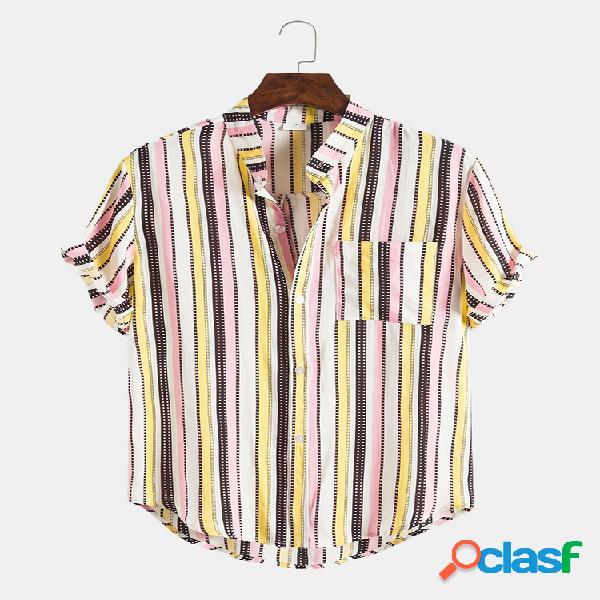 Mens hit color listrado peito bolso redondo bainha manga curta camisa