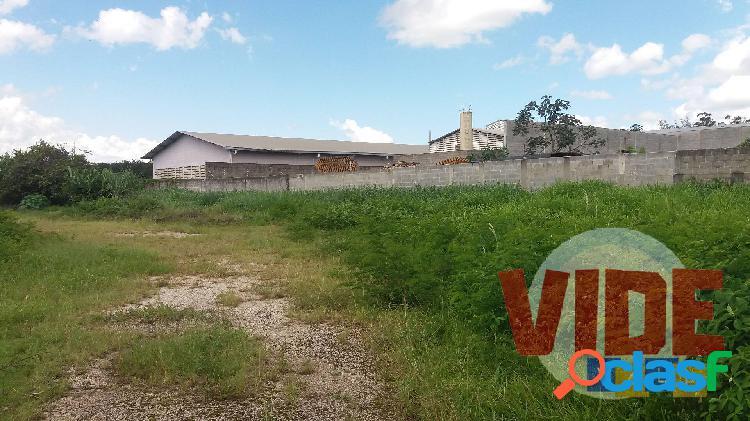 Chácaras reunidas: área industrial, 2700 m², próx, à dutra, zoneamento zupi