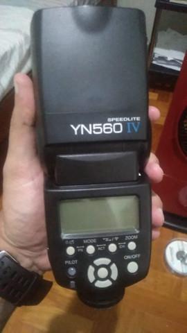 Flash yongnuo yn 560 iv + kit com 4 pilhas recarregáveis