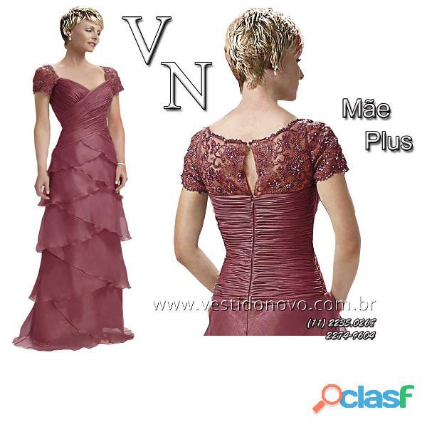 Vestido mãe de noiva plus size, busto em renda, com manga curta