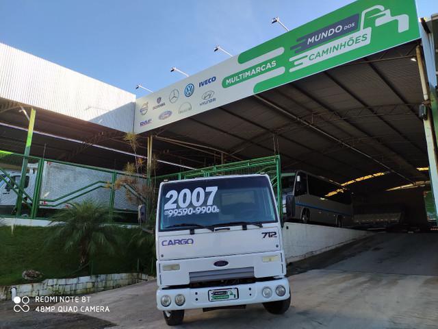 Caminhão ford cargo 712 chassi diferenciado
