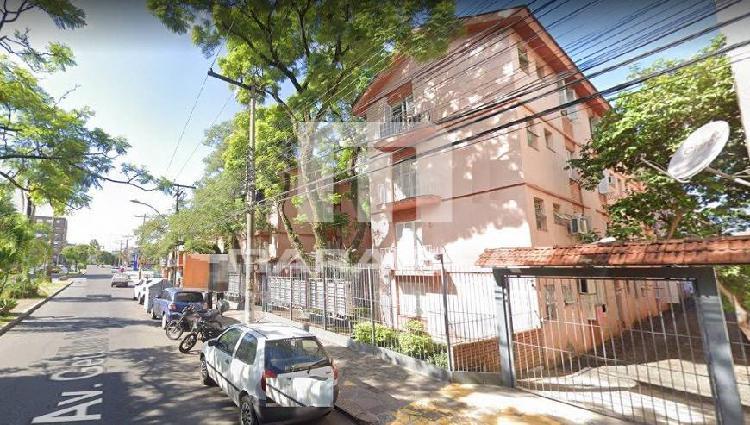 Apartamento 2 (dois) dormitórios vaga de garagem - menino