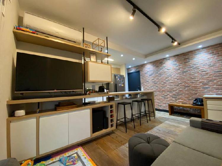 Apartamento no brooklin de 2 quartos e mobiliado (pronto