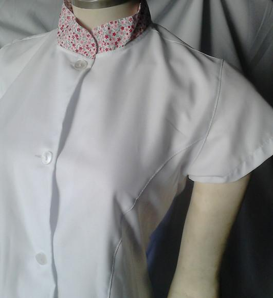 Jaleco gabardine feminino acinturado gola padre manga curta