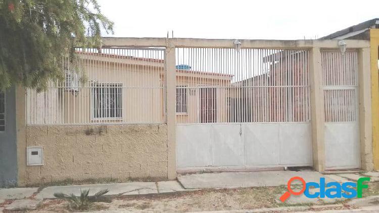 Casa en venta lista para firmar, urbanización el saman, guacara