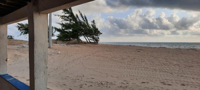 Casa beira mar para alugar, praia de zumbi, município de