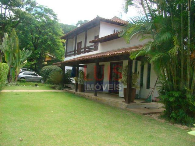 Casa com 6 dormitórios para alugar, 300m² por r$3.000/mês